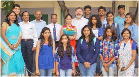 journalism layout mysore mahajana college journalism students interact with prof