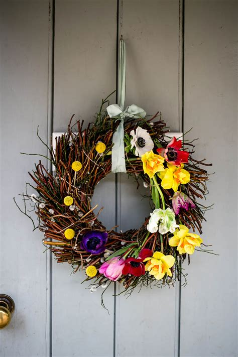 spring wreath housewife confidential