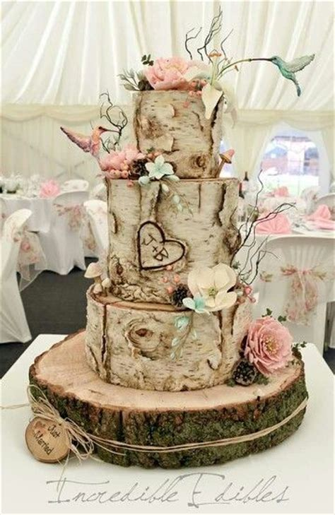 22 Rustic Tree Stumps Wedding Cakes for Your Country