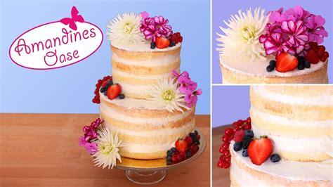 Hochzeitstorte Beeren by Hochzeitstorte Mit Frischen Blumen Beeren