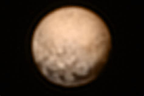 pluto color most think pluto is blue or gray turns out it s