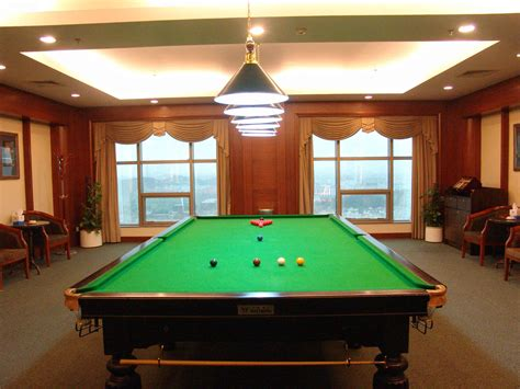 hotels with pool tables in room gladden hotels hotel