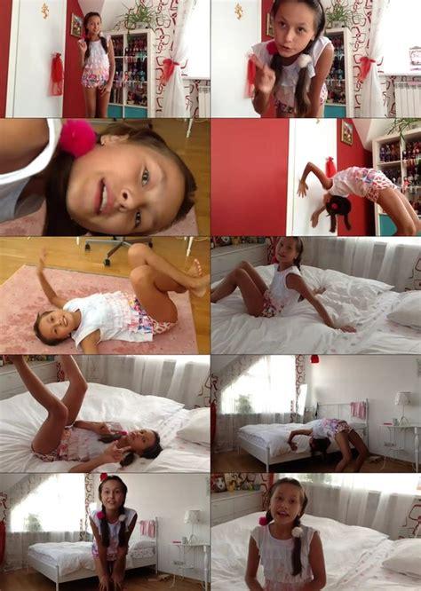 Amateur Non Nude Girls Selfie Videos