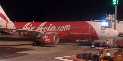passenger goes psycho on airasia flight to darwin nt news new airline routes launched 21 december 2010 3 january