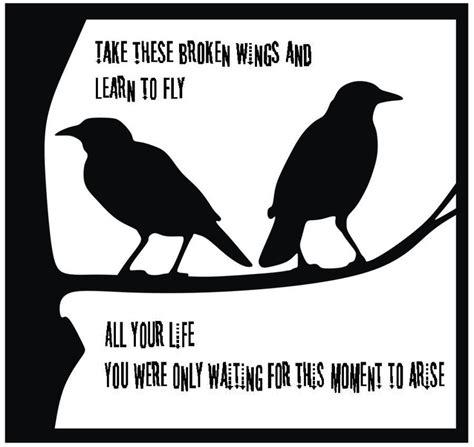 Wing sings all the single ladies