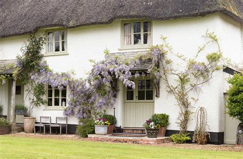 classic cottage thatched holiday cottages classic cottages