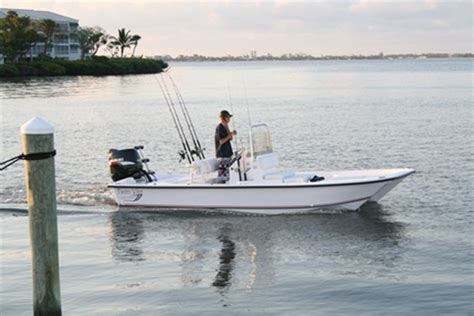 vee boat plans research twin vee boats 19 bay cat aft deck on iboats