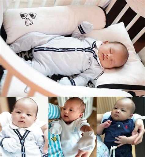 Baju Gucci Bayi masih bayi putra dewi sudah kenakan barang barang branded mewah kabar berita artikel