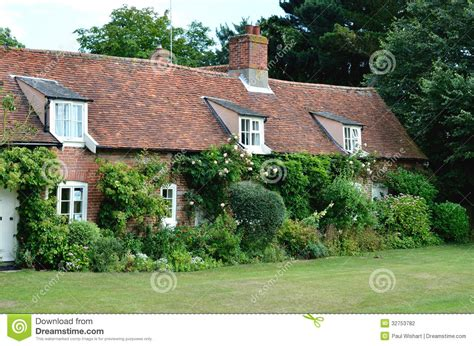 cottage inglese cottage inglesi paese fotografia stock immagine