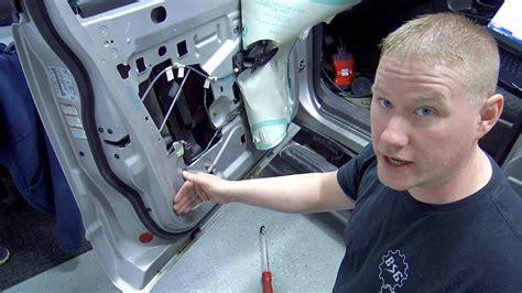 door warning light stays on ford focus 2002 2005 ford explorer door ajar light common door