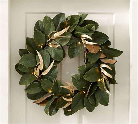 christmas wreaths outdoor