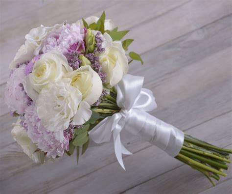 diy with flowers bridal bouquet 2