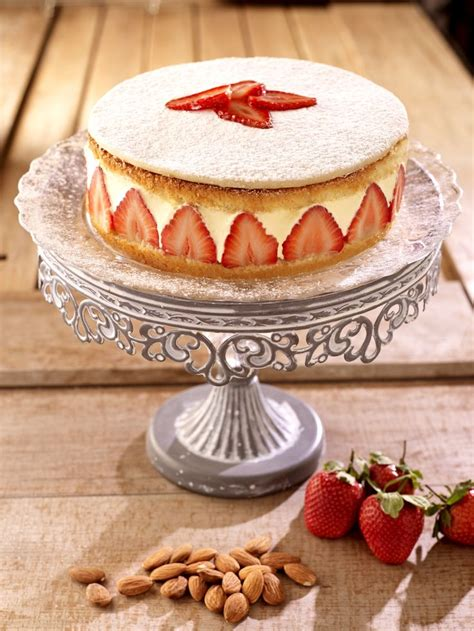Cake Decorating With Marzipan by 29 Best Images About Marzipan Inspiration On