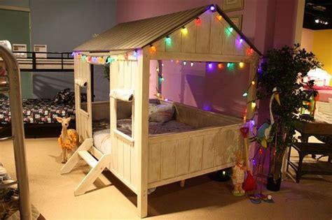 cabane pour chambre garcon lit enfant original pour une chambre de fille et de gar 231 on