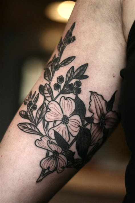 dogwood flower tattoo best 25 dogwood ideas on