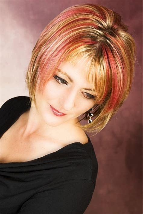 gallery of highlighted hair short 30 blonde hair with red highlights which are in trend