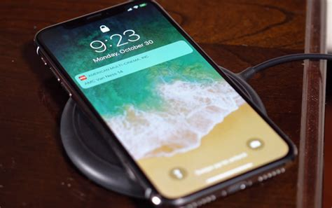 these qi wireless chargers will power your new iphone xs iphone xs max or iphone xr