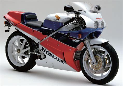 Honda V4 Superbike 2020 by Honda Vfr750r
