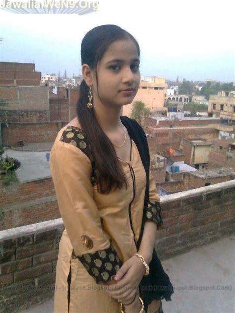 wallpaper girl ki india s no 1 desi girls wallpapers collection malayala