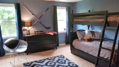 boys hockey bedroom 1000 ideas about hockey theme bedrooms on pinterest