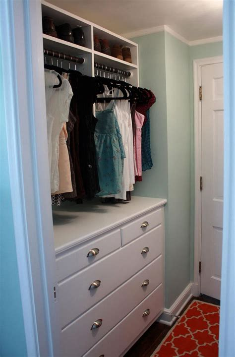 Drawers For Inside Closet by Chest Of Drawers Inside Closet Home Design Ideas