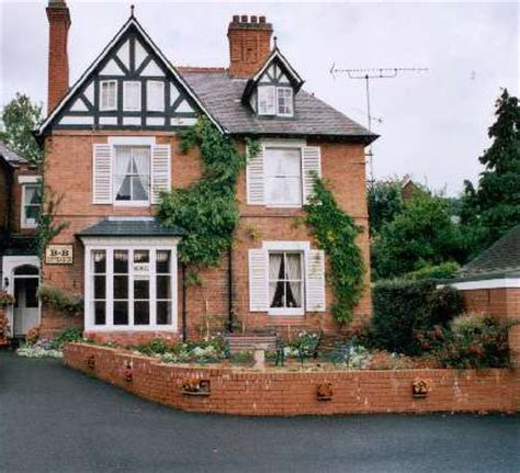 House Of Uk by Squirrels Guest House Road Llangollen Ll20 8sp