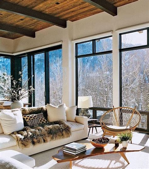 Mountain Homes Interiors by 25 Best Ideas About Modern Mountain Home On Pinterest