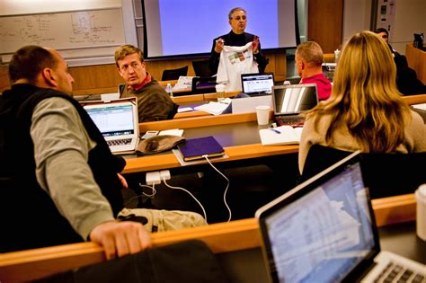 The George Washington World Executive Mba In Cybersecurity Program by In Washington Region Universities Find Market For