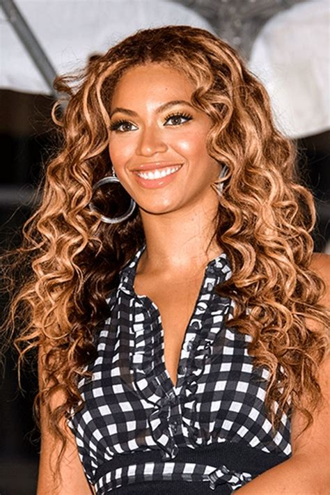Beyonce Curly Hairstyles by Beyonce S Greatest Hairstyles 31 Ideas For Curly