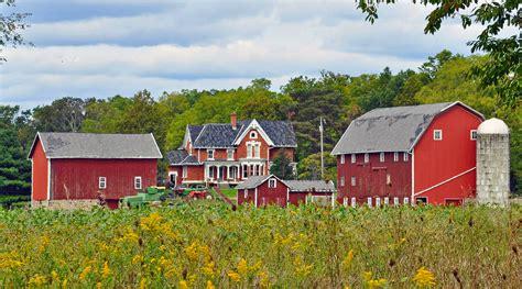 farmhouse ranch land my better house