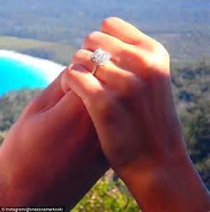 sam wood snezana markoski are engaged yahoo7 be sam wood and snezana marokoski s 50 000 engagement ring