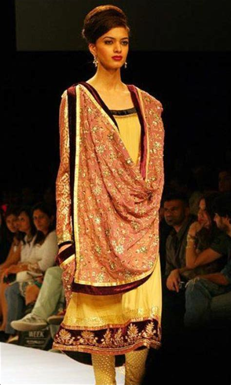 how to drape dupatta on suit 24 dupatta draping styles with a twist