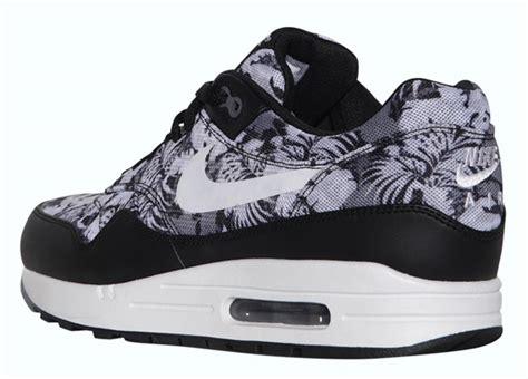 Nike Air Max Floral 5 nike air max 1 quot floral quot sneakernews