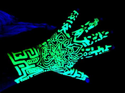 uv tattoo pen blacklight highlighter henna tattoo by kurotsuki kietsu on