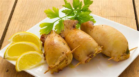 letto di patate ricetta seppie ripiene alla ricotta su letto di patate