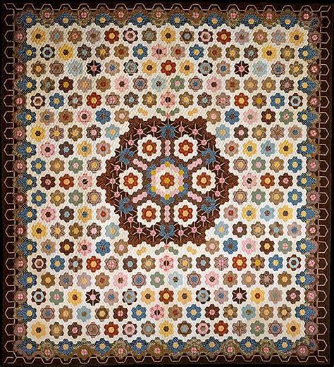 honeycomb pattern pinterest quilt hexagon or honeycomb pattern quilts hexies and
