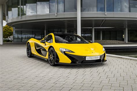 mclaren factory first mclaren p1 delivered to customer 0 62 mph in 2 8