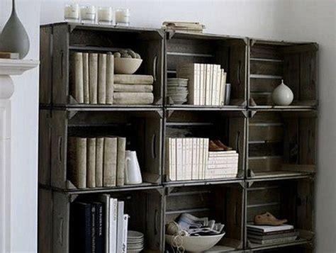 come costruire una libreria in legno libreria fai da te con cassette di legno idee green