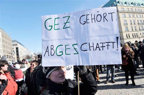 Gez Pro Haushalt Oder Person 5686 by Gez Rundfunkgeb 252 Hren Diese Gruppen Entgehen Der Gez