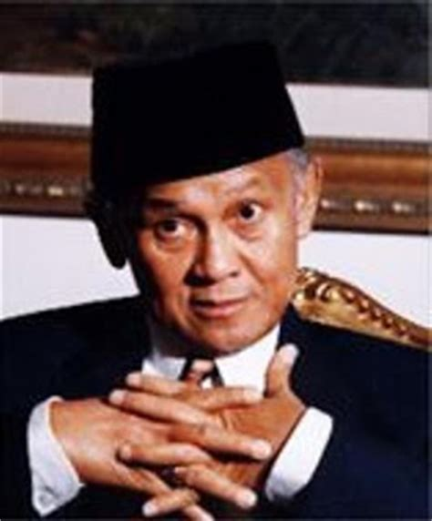 biography habibie indonesian famous people bj habibie