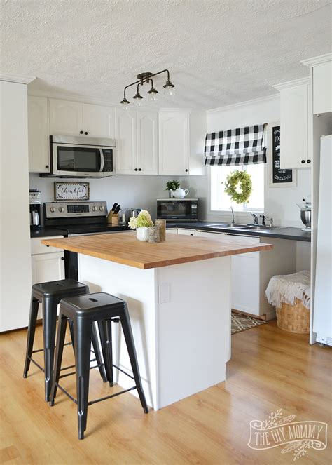 our guest cottage kitchen budget friendly country farmhouse style the diy