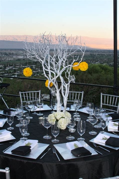 black manzanita tree centerpieces searching brides are still about centerpieces palm springs florist palm