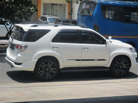 Fortuner Modif Wallpaper by Modifikasi Mobil Fortuner Holidays Oo
