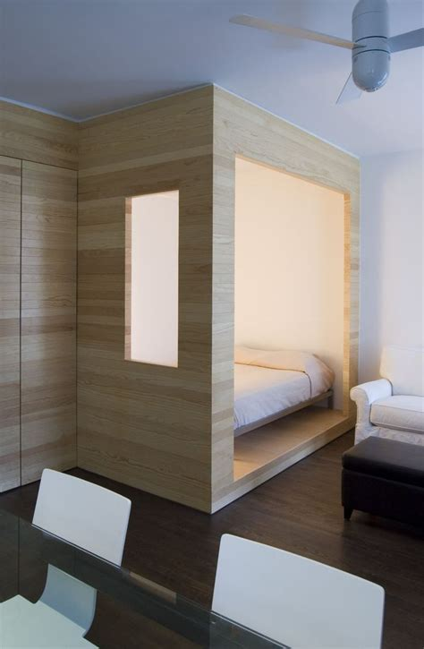 Enclosed Bed by Best 25 Sleeping Nook Ideas On Built In Bed