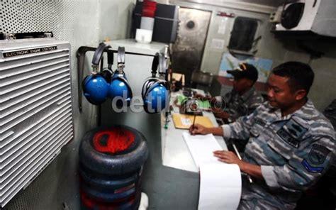 Mesin Kapal garuda militer foto di sini mesin kri slamet riyadi