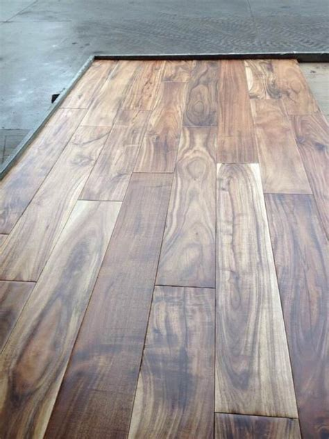 5'x 3/4' tobacco road natural hand scraped acacia wood