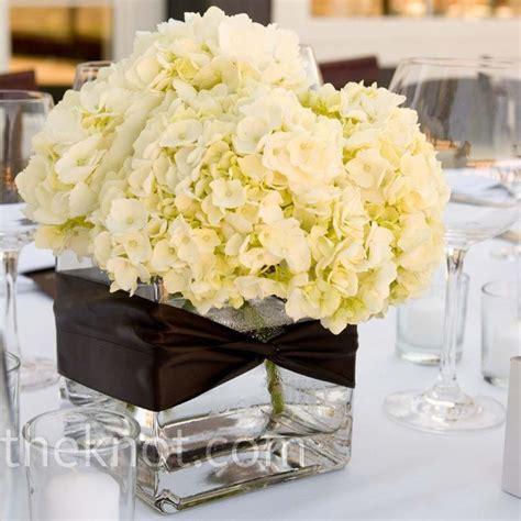 Square Vase Centerpiece Ideas by White Hydrangea Centerpieces