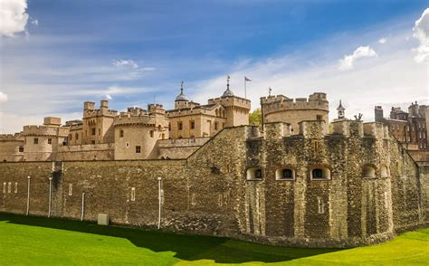 A Visitor's Guide to the Tower of London