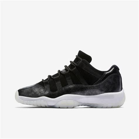 Sepatu Basket Nike Lebron Witness2 Low Navy Yellow sepatu basket original sneakers original sepatu futsal