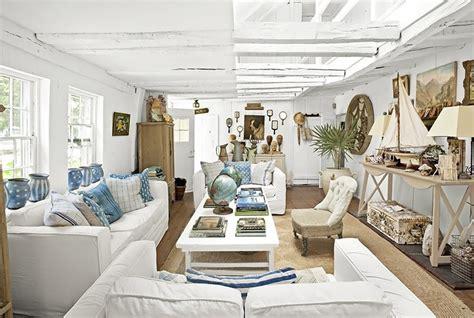 white themes house key elements of nautical style